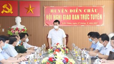 Chủ tịch UBND tỉnh Nghệ An: Tăng cường các biện pháp mạnh hơn để khống chế dịch Covid-19 ở Diễn Châu