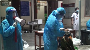 Ổ dịch' BVĐK Minh An (Quỳnh Lưu) phức tạp, hàng ngàn người lấy mẫu xét nghiệm Covid-19 xuyên đêm