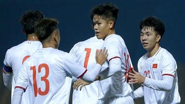 Minh Vương sẵn sàng chờ tin HLV Park; Danh sách U23 Việt Nam dự vòng loại U23 châu Á 2022