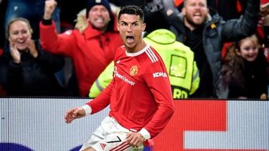 Ronaldo và Messi: Bàn thắng thẻ phạt và VAR