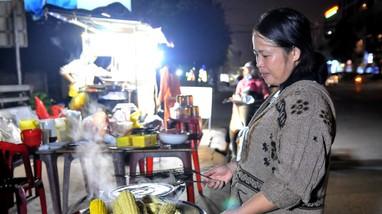 Chánh Thanh tra Bộ LĐ, TB&XH làm việc với TP Vinh về thực hiện hỗ trợ theo gói an sinh xã hội