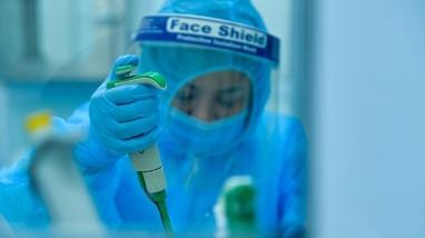 Đã có kết quả xét nghiệm hơn 3.600 trường hợp liên quan bệnh nhân Covid-19 đầu tiên ở TP Vinh