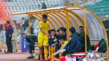 Sông Lam Nghệ An vắng đội trưởng Văn Khánh trận mở màn Cúp QG 2021