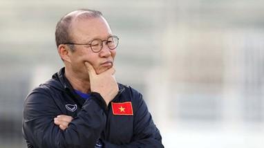 Kiatisak và nhiệm vụ tăng chất ngoại binh; HLV Park trở thành ứng viên dẫn dắt ĐTQG Hàn Quốc?
