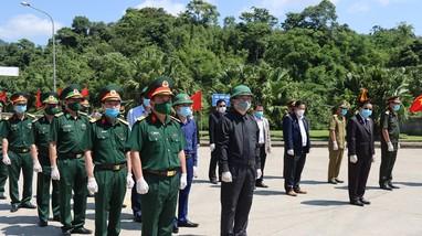 Nghệ An tiếp nhận hài cốt liệt sĩ quân tình nguyện, chuyên gia Việt Nam hy sinh trên đất bạn Lào