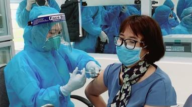 Bộ Y tế: Chấn chỉnh ngay việc tổ chức tiêm vaccine phòng COVID-19