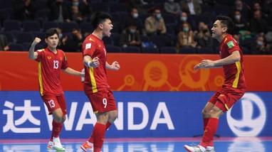 Tuyển futsal Việt Nam thua sát nút đương kim Á quân Nga