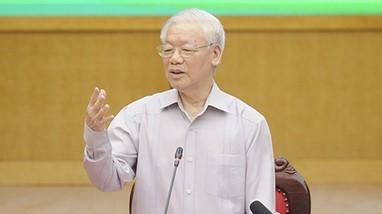 Tổng Bí thư Nguyễn Phú Trọng tâm sự với cử tri về tuổi thơ vất vả của mình
