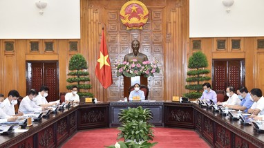 Thủ tướng làm việc với Bộ Y tế: Quyết định những vấn đề cấp bách để phòng, chống dịch Covid-19