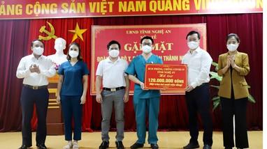 Video: Lãnh đạo tỉnh gặp mặt, cảm ơn đoàn cán bộ y, bác sĩ tăng viện từ TP Hồ Chí Minh trở về