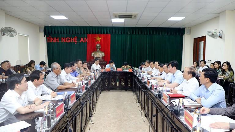 VIdeo: Chủ tịch UBND tỉnh Nghệ An tiếp công dân, giải quyết kiến nghị mức giá bồi thường GPMB