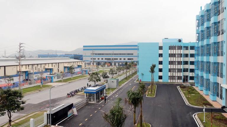 Chủ tịch UBND tỉnh Nghệ An: Tăng cường phòng, chống dịch tại các cơ sở sản xuất, kinh doanh, các KCN