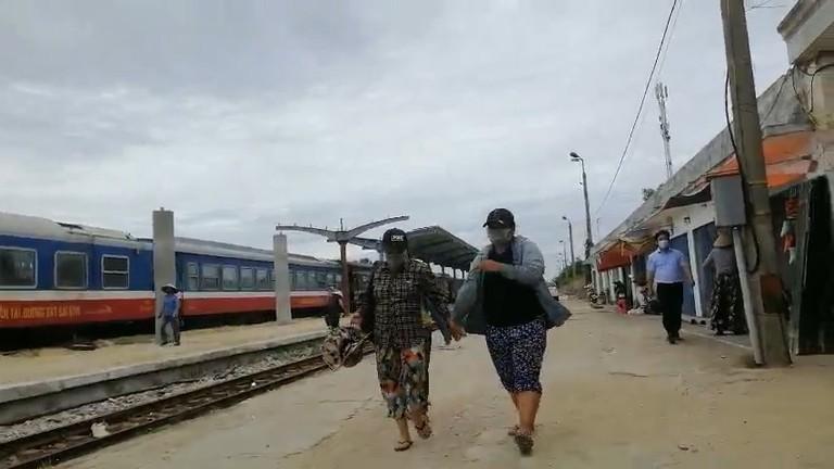 Gia đình 4 người trong câu chuyện đạp xe từ Đồng Nai về quê tránh dịch đã về đến Nghệ An