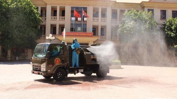 Quỳnh Lưu phải xử lý nghiêm các trường hợp vi phạm phòng chống dịch, kể cả cán bộ, công chức
