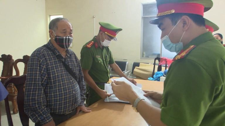 Video: Khởi tố vợ chồng Giám đốc Công ty TNHH-TM Minh Khang