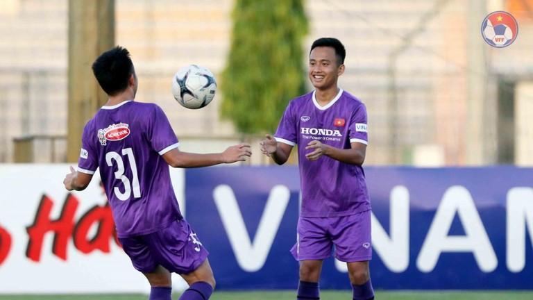 Hậu vệ SLNA Mai Sỹ Hoàng chỉ ra điểm yếu lớn ở U22 Việt Nam