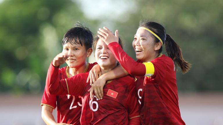 Tuyển nữ Việt Nam đánh rơi chiến thắng trước Thái Lan tại SEA Games 30