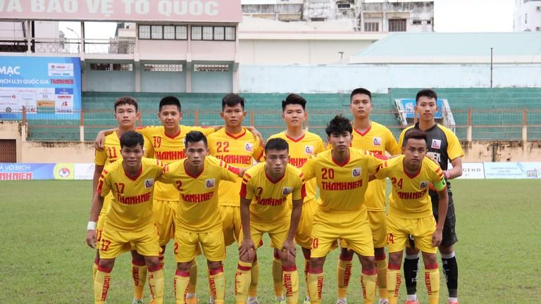 Sông Lam Nghệ An đôn 4 'măng non' lên đội 1 thử sức