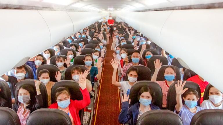 Video: Y tế Nghệ An tăng viện cho Thành phố Hồ Chí Minh dập dịch