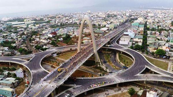 Cầu vượt 3 tầng ở Đà Nẵng nhìn từ trên cao