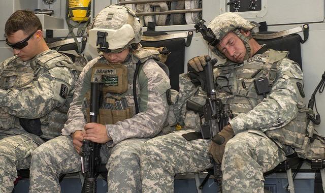Bật mí mẹo đi vào giấc ngủ chỉ sau 2 phút của lính Mỹ