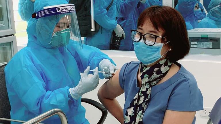 Nghệ An triển khai kế hoạch tiêm vắc-xin Covid-19 trên diện rộng