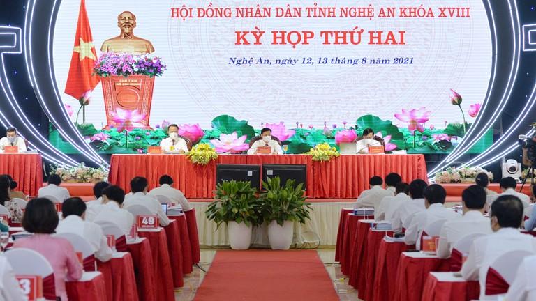 Video: Bế mạc kỳ họp thứ 2, Hội đồng nhân dân tỉnh Nghệ An khóa XVIII