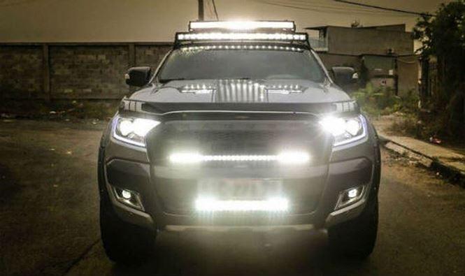 Cách sử dụng đèn ô tô vào ban đêm và công nghệ 'liếc sáng'