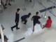 Ba thanh niên đánh nữ nhân viên hàng không bị khởi tố