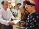 Trao 20 suất quà cho gia đình thân nhân liệt sỹ ở Nghi Lộc