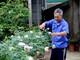 """""""Hái ra tiền"""" từ dịch vụ trồng, chăm sóc hoa, cây cảnh dịp Tết"""