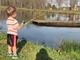 Bé 4 tuổi câu cá 'khủng' bằng cần câu đồ chơi