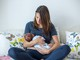Người chuyển giới nữ đầu tiên trên thế giới nuôi con bằng sữa mẹ