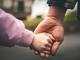 5 thời điểm quan trọng của trẻ mà bố mẹ cần rút lui kịp thời