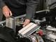 Cách vệ sinh lọc gió động cơ ô tô tại nhà giúp xe hoạt động ổn định