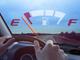 Làm thế nào khi xe ô tô sắp hết xăng giữa đường?