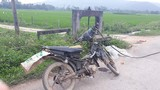 Người đàn ông tử vong cùng chiếc xe máy lạ trên đường