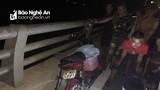 Nghi án người phụ nữ trèo lên cầu Yên Xuân nhảy xuống sông Lam tự tử