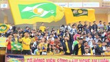 Sân Vinh chính thức mở cửa trở lại, khán giả phải đeo khẩu trang khi vào xem trận SLNA gặp Bình Định
