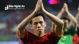 Nhìn Văn Quyết thi đấu tại AFF Cup, tiếc cho Đinh Thanh Trung