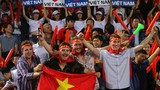 Văn Đức ghi bàn, Việt Nam đánh bại Campuchia đứng đầu bảng A