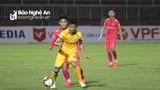 Phan Văn Đức thi đấu trở lại, SLNA và Sài Gòn bất phân thắng bại