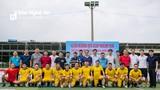 Văn Quyến cùng dàn sao tuyển Việt Nam đá bóng gây quỹ 'xây cầu vượt lũ' tại Nghệ An