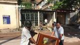 Hàng chục hộ dân ở Kỳ Sơn di dời khẩn cấp vì sạt lở núi