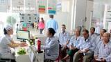 Hỗ trợ miễn phí cho bệnh nhân mắc bệnh tăng huyết áp, đái tháo đường tại Bệnh viện Đa khoa TP Vinh
