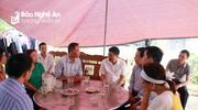Sở Giáo dục Nghệ An thăm hỏi gia đình 2 nữ sinh bị tai nạn ở huyện Nghi Lộc