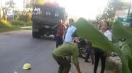 Bị xe tải đâm, người phụ nữ tử vong tại chỗ