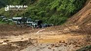 Dốc Chó sạt lở, quốc lộ 7 ở Nghệ An tiếp tục bị chia cắt