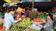 Hoa quả chợ Rằm thành Vinh 'cháy hàng'