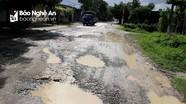 Sau mưa lụt 'lộ rõ' nhiều tuyến đường TP. Vinh xuống cấp trầm trọng
